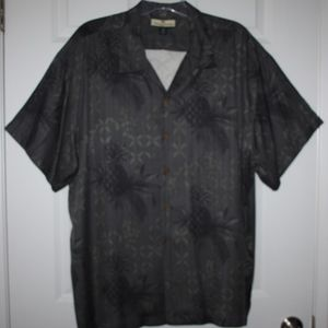 Tommy Bahama 100% Silk Gray Hawaiian Shirt